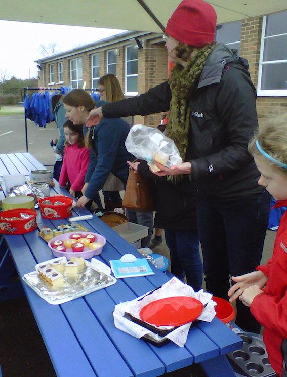 oak class cake sale